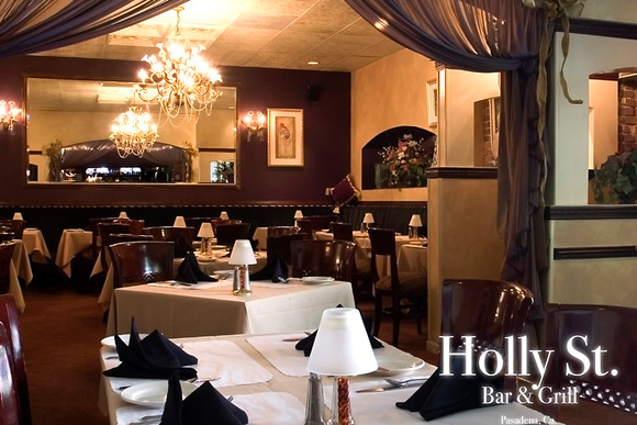 Holly St. Bar & Grill